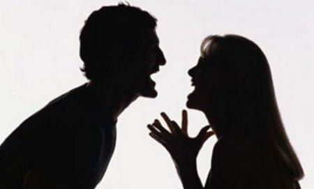 La crisi fa bene alla coppia – Partendo da facebook per arrivare a delle testimonianze!